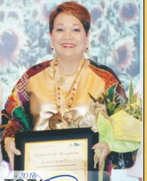 NORA TSAI, Recipient of TOTALAWARD from UST