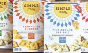 Simple Mills' New Almond Flour Crackers Redefine Healthy 4 Gluten-Free, Non- GMO, No-Artificial-Anything Varieties with Super Crunch & Flavor