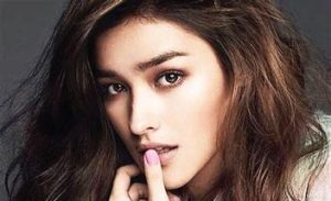 Liza Soberano, No. 2 in the list of 10 Most Beautiful Girls in the World