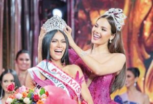 New Binibining Pilipinas Gazini Ganados wins as the Philippines' official representative to the 2019 Miss Universe pageant